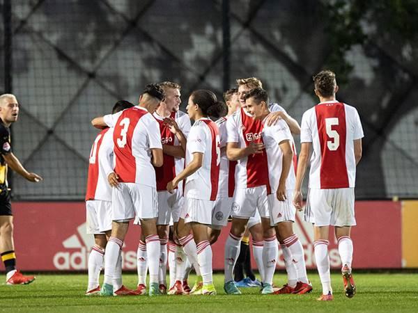 Dự đoán kèo Tài Xỉu Sporting Lisbon vs Ajax (2h00 ngày 16/9)